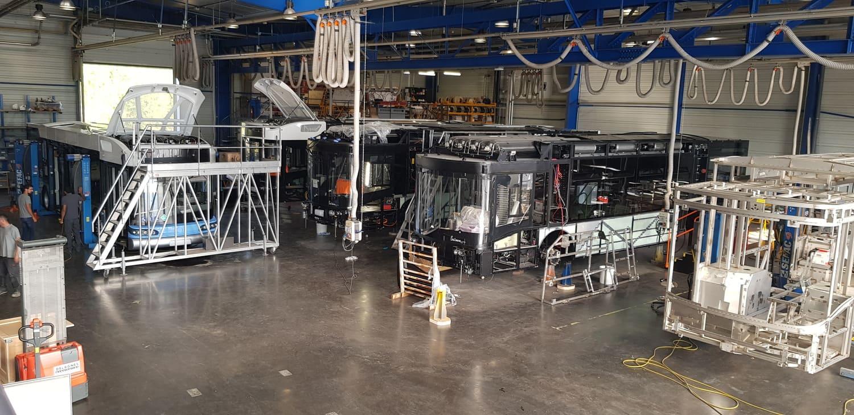 Intérieur de l'atelier de SAFRA Constructeur
